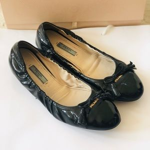 Prada Black Patent Leather ballerina Flats Gold a1cb29caf1